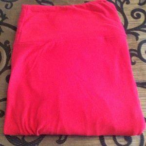 Red TC leggings